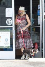 Malin Akerman at a Los Feliz Pet Store 08/16/2021