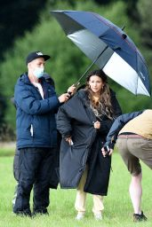 """Michelle Keegan - Filming """"Brassic"""" TV Show in Manchester 07/30/2021"""