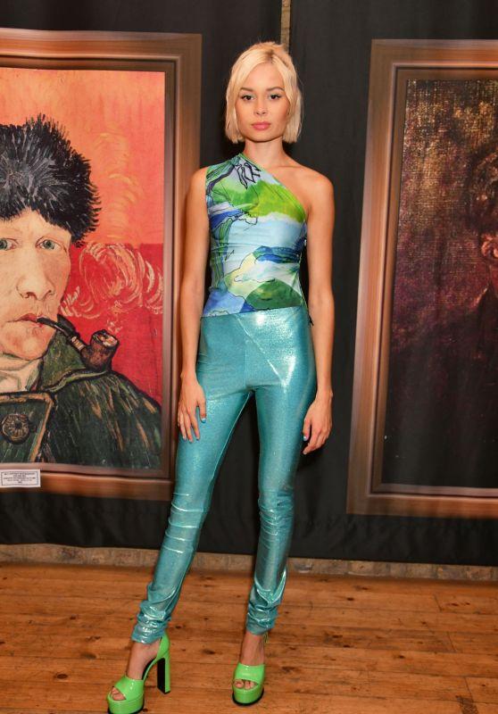 "Nina Nesbitt – ""Van Gogh: The Immersive Experience"" Private View in London"
