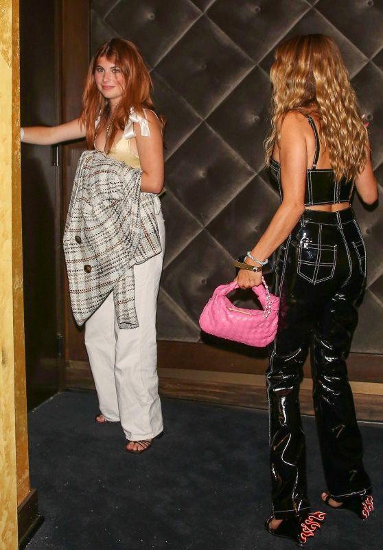 Olivia Jade Giannulli and Isabella Rose Giannulli - Dixie D