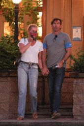 Rebecca Romijn and Jerry O