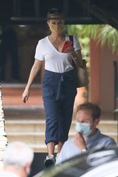 Reese Witherspoon - Bel Air Hotel in LA 08/21/2021