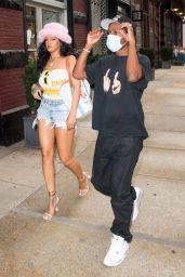 Rihanna - Shopping in New York 08/04/2021