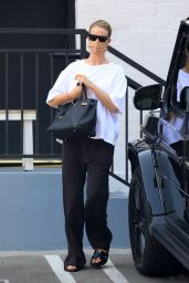 Rosie Huntington-Whiteley in a Casual Monochrome Outfit - Beverly Hills 08/13/2021