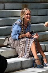 """Sarah Jessica Parker - """"And Just Like That"""" Set in Manhattan 08/12/2021"""
