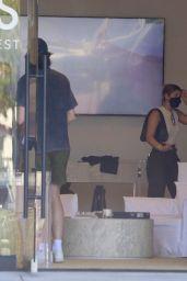 Sofia Richie - Shopping in Malibu 08/08/2021