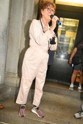 Susan Sarandon - Speaks at a Free Donziger Protest in NY 08/06/2021