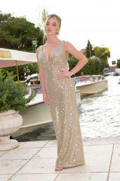 Sydney Sweeney - Dolce & Gabbana Fashion Show in Venice 08/29/2021