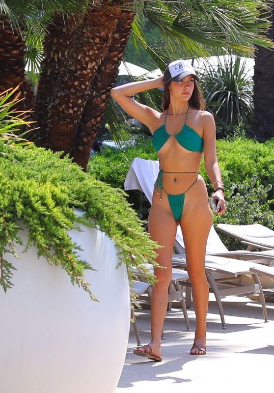 Tao Wickrath in a Bikini - Las Vegas 08/19/2021