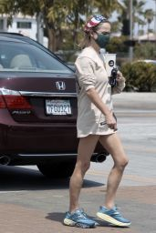 Taryn Manning - Out in Palm Springs 08/24/2021