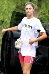 Taylor Hill in Workout Clothes - Running Errands in West Hollywood 08/11/2021