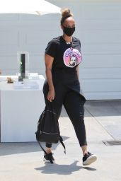 Tyra Banks – Jennifer Klien's Day of Indulgence in Brentwood 08/15/2021 (more photos)