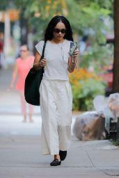 Zoë Kravitz in a White T-shirt and White Pleated Slacks - New York 08/10/2021