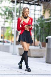 Alexis Ren - Out in Midtown Manhattan 09/10/2021