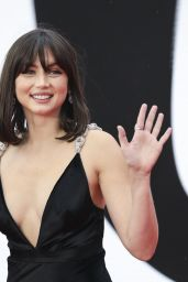 """Ana de Armas – """"No Time To Die"""" World Premiere in London"""