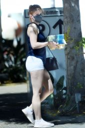 Ariel Winter in a Pair of Tiny White Yoga Shorts 09/04/2021