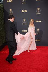 Beth Behrs - Emmy Awards 2021