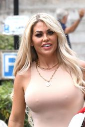 Bianca Gascoigne - Arrives to DWTS Rehearsals in Rome 09/27/2021