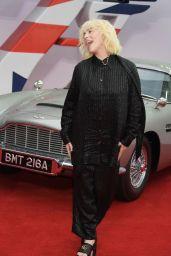 """Billie Eilish – """"No Time To Die"""" World Premiere in London"""