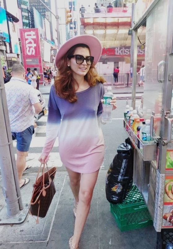 Blanca Blanco - Out in New York 09/19/2021