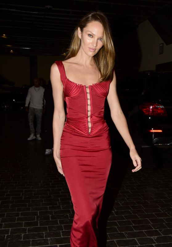Candice Swanepoel - Leaves Casa Cipriani in NYC 09/10/2021
