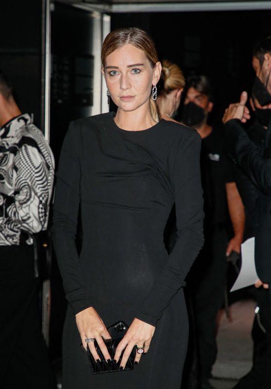 Chiara Capitani – Arriving to the Versace Fashion Show in Milan 09/24/2021