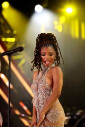 Chloe Bailey and Halle Bailey - 2021 Global Citizen Live: Los Angeles 09/25/2021
