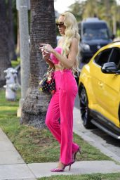 Christine Quinn in a Bright Pink Juicy Couture Tracksuit - Beverly Hills 09/17/2021