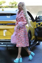 Christine Quinn Street Style - South Beverly Grill in Beverly Hills 09/02/2021