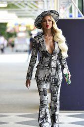 Christine Quinn Wears Newsprint Outfit - New York 09/07/2021