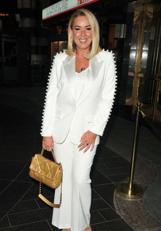 """Claire Sweeney - """"Pretty Woman"""" Press Night at the Savoy Theatre in London 09/02/2021"""