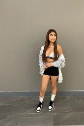 Desiree Montoya - Live Stream Video and Photos 09/05/2021