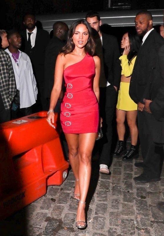 Eiza Gonzalez - Arrives at Rihanna