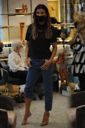 Elisabetta Canalis - Shopping in Milan 09/23/2021