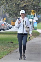 Ellen Pompeo - Hike in Los Feliz 09/26/2021