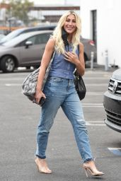 Emma Slater - Arrives at the DWTS Rehearsals in LA 09/01/2021