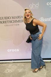 Evelyn Burdecki – Guido Maria Kretschmer Fashion Show in Berlin 09/14/2021