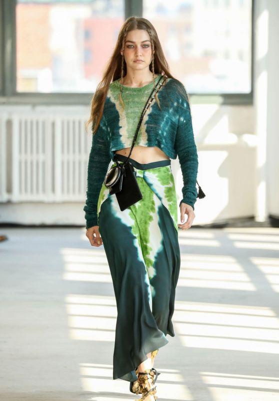 Gigi Hadid - Altuzarra Spring 2022 Ready-to-Wear Fashion Show at NYFW 09/12/2021