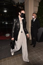 """Gigi Hadid - Arriving at the """"Thierry Mugler : Couturissime"""" Photocall in Paris 09/28/2021"""
