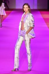 Gigi Hadid - Brandon Maxwell Show at New York Fashion Week 09/10/2021