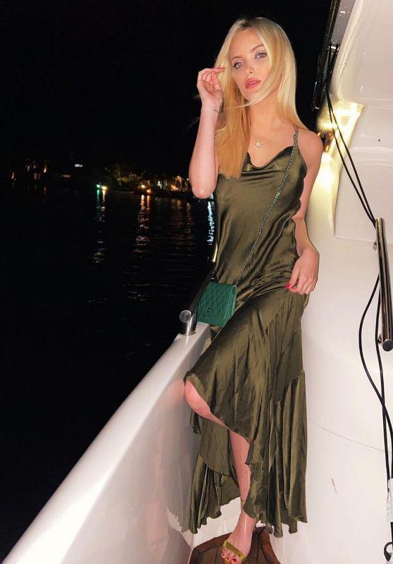 Giovanna Chaves - Live Stream Video and Photos 09/15/2021