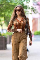 Hailee Steinfeld - Out in SoHo in NYC 09/12/2021