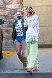 Hayden Panettiere - Shopping in Brentwood 09/18/2021