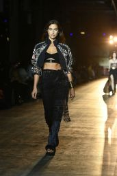 Irina Shayk Walks ETRO Fashion Show at the Milan Fashion Week 09/23/2021