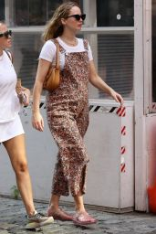 Jennifer Lawrence - Out in New York City 09/08/2021