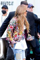 Jennifer Lopez - Arrives at the 2021 Global Citizen Live Festival in New York 09/25/2021
