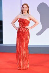 """Jessica Chastain - """"Scenes From a Marriage (Ep. 1 and 2)"""" Premiere at the 78th Venice International Film Festival"""