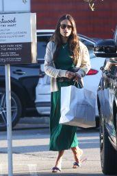 Jordana Brewster - Shopping in Brentwood 09/03/2021