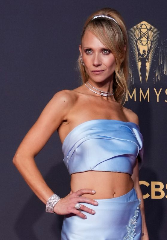 Juno Temple – Emmy Awards 2021
