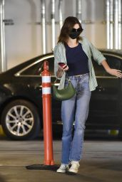 Kaia Gerber in Casual Outfit - Los Angeles 09/19/2021